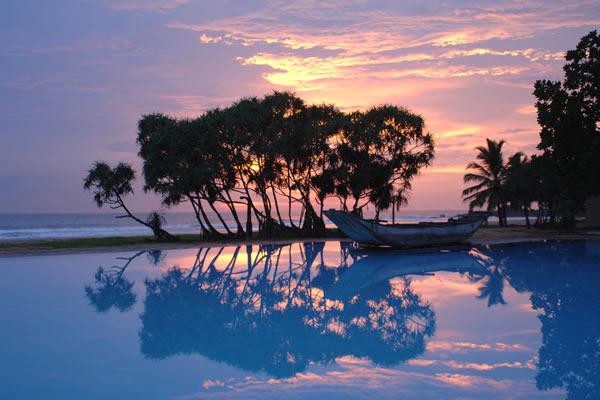Heritance-Ahungalla-Sri-Lanka-Evening-Pool.jpg