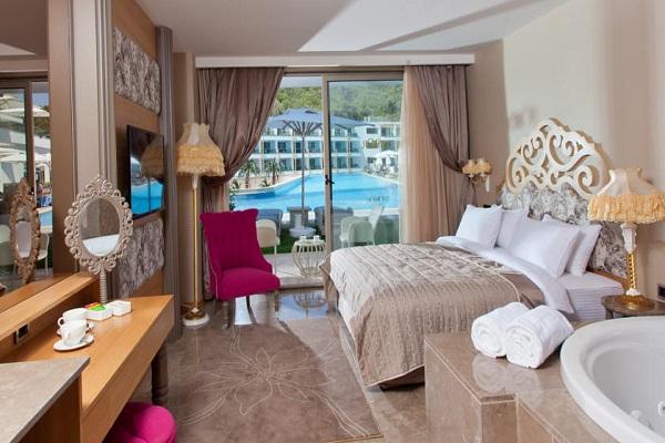 Bodrum, Thor Hotel Spa & Villas, camera, pat dublu, terasa.jpg