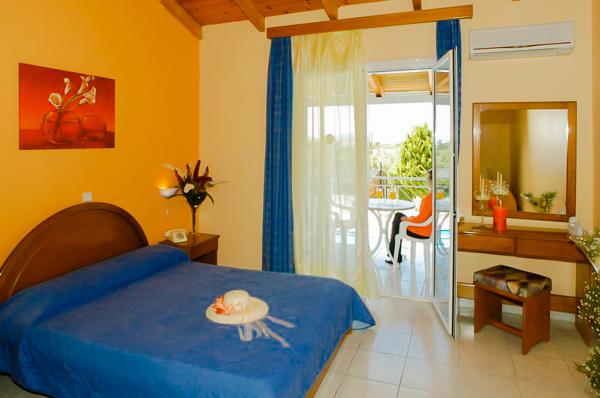 Zakynthos, Hotel Sunrise, camera dubla, balcon.jpg