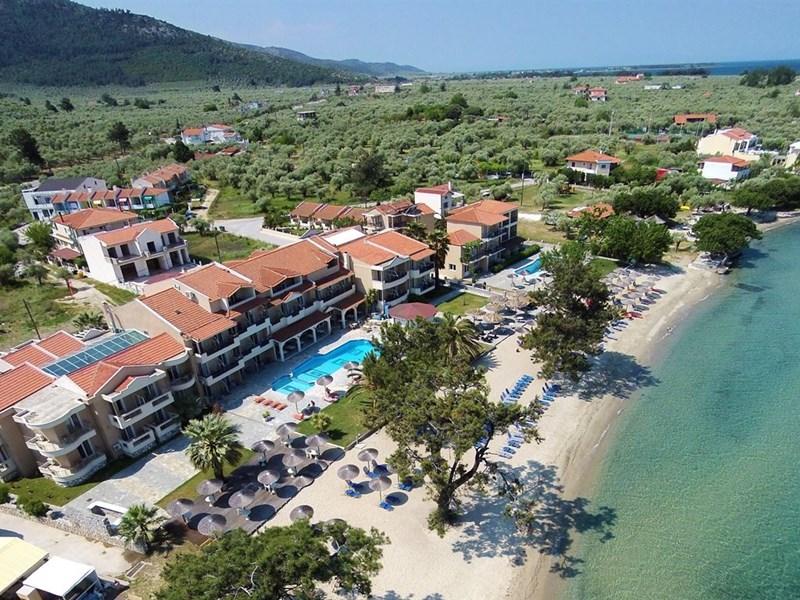 Hotel Rachoni Bay Resort