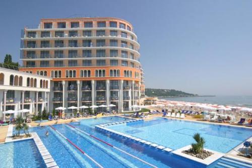 Hotel Azalia.JPG