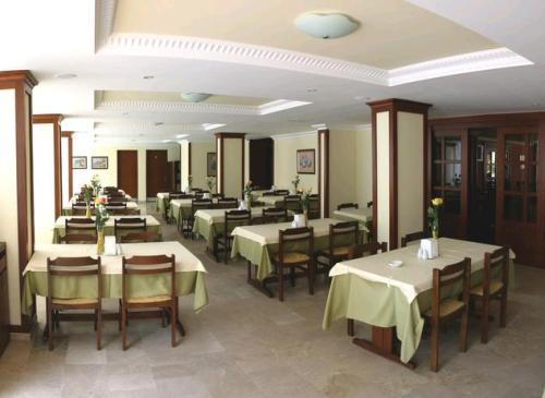 Hotel Sun Maris City  restaurant.JPG