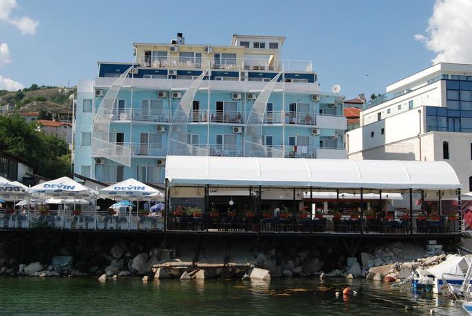Hotel Lotos