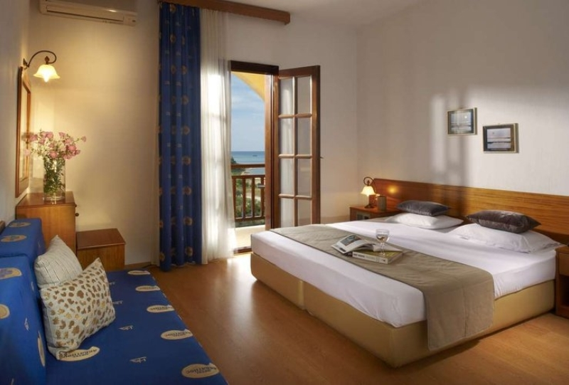 HOTEL AKRATHOS BEACH - OURANOPOLIS (2).jpg