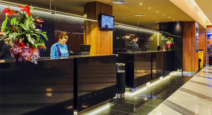 Costa Brava, Aqua Hotel Aquamarina, receptie.jpg