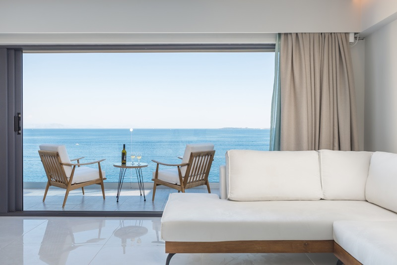 golden-mare-family-room-suites-new-sea-view.jpg