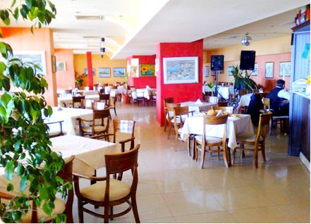 Balchik, Hotel Lotos, interior, restaurant.jpg