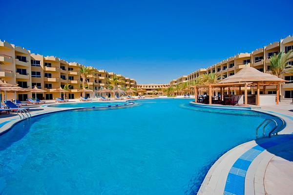 amwaj_abu_soma_resort_2.jpg