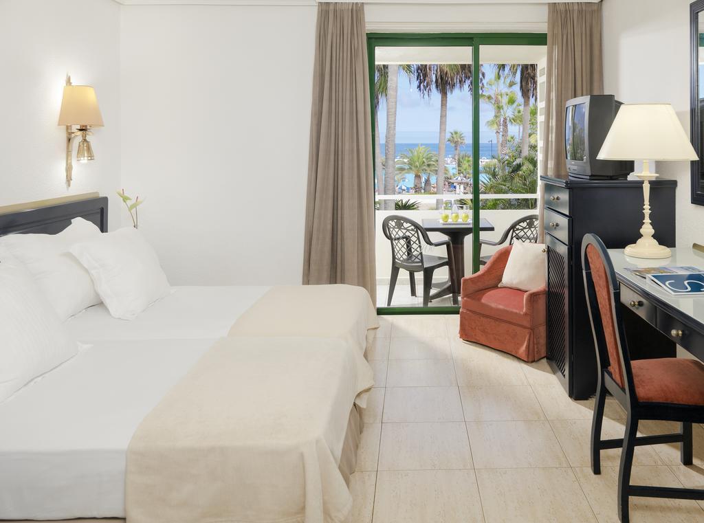 H10 Tenerife Playa 7.jpg