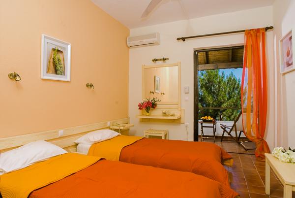 Corfu, Hotel Nautilus, camera dubla.jpg