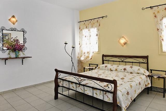 0011-3-Room.jpg