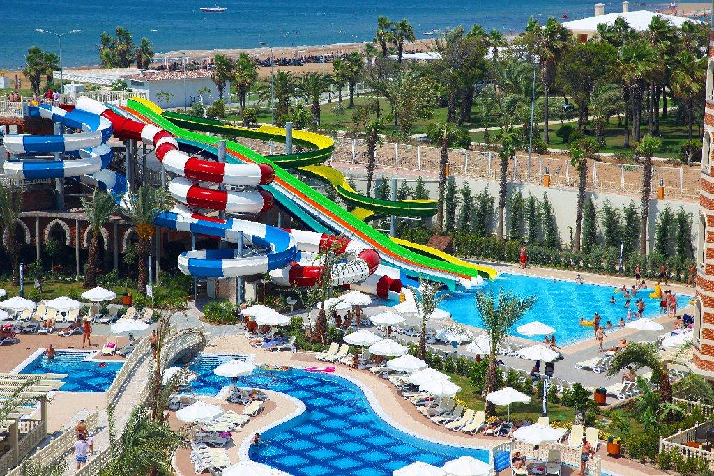 Hotel Royal Alhambra Palace tobogane la piscina