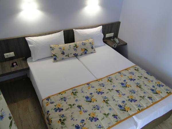 olympus_hotel_leptokaria_room.jpg