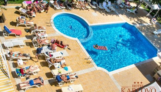 Karlovo piscina 1.jpg