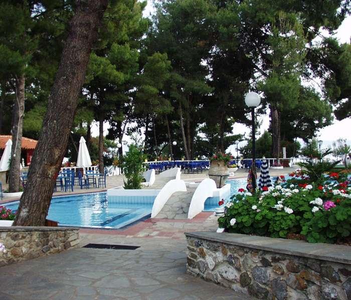 porfi_beach_nikiti_garden.jpg