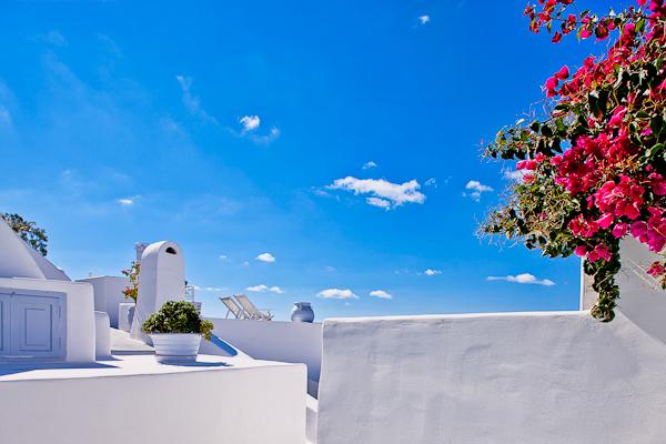 cliffside-hotel-santorini28.jpg