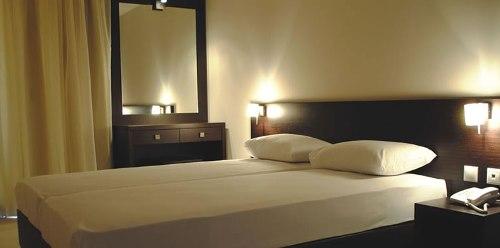 Hotel Elinotel Polis camera dubla.jpg