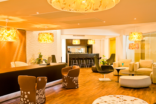 02.Elite Club Lounge.jpg