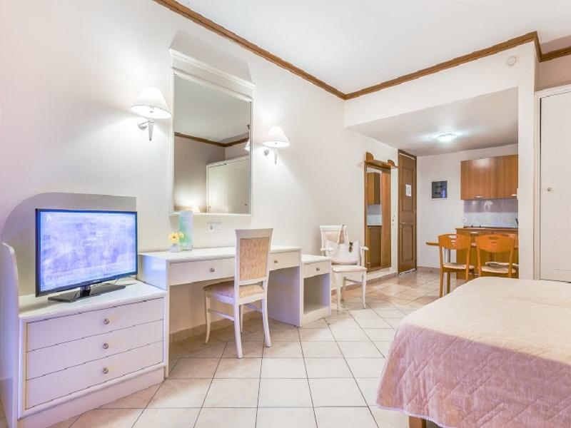 Kipriotis_Aqualand double room_2_site.jpg