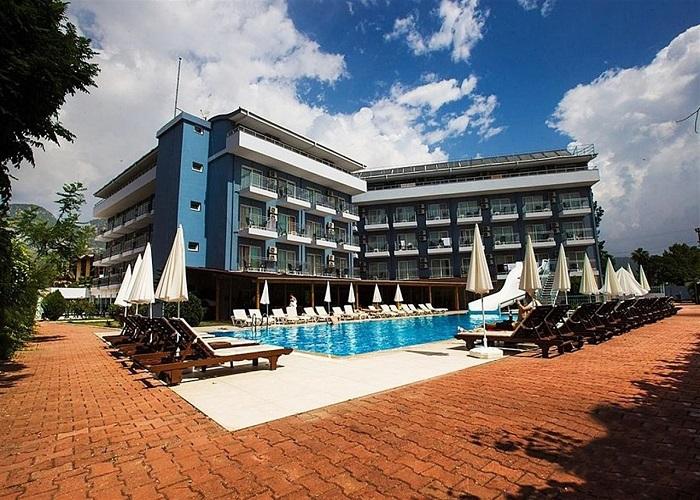 MONNA ROZA BEACH RESORT HOTEL 1.jpg