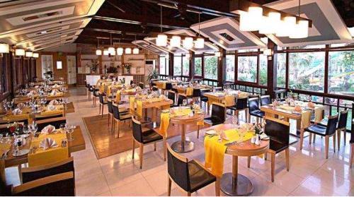 Hotel Paloma Grida Village &Spa restaurant.JPG
