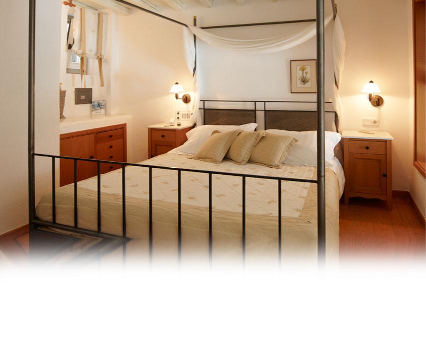 standard-room-1.jpg