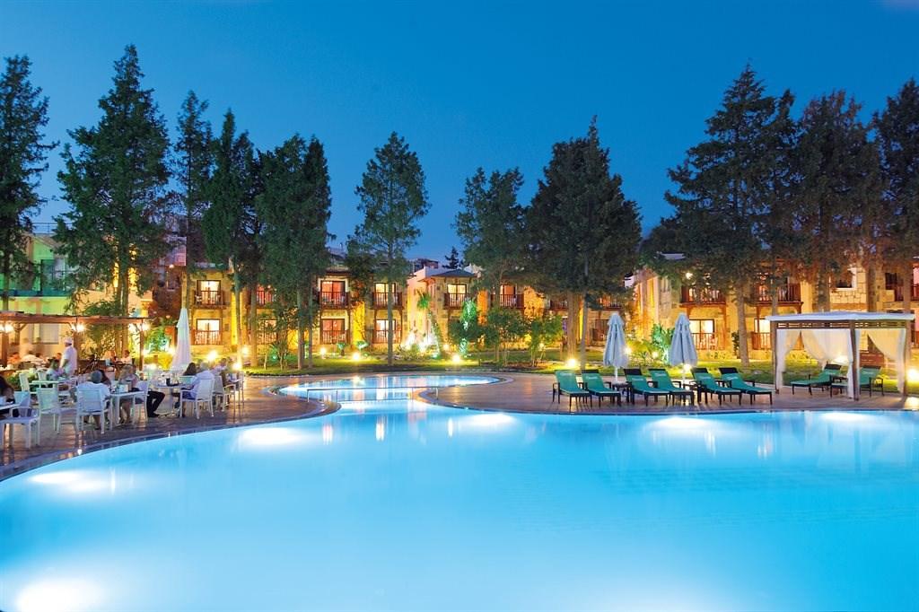 6133476_camelot-boutique-hotel_161623.jpeg