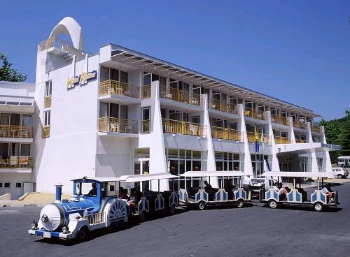 Hotel Ralitsa.JPG