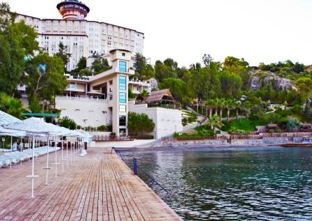 AKA_HotelfromSea2.jpg