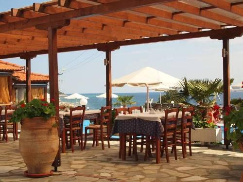 Hotel Akti Ouranoupoli  restaurant.jpg