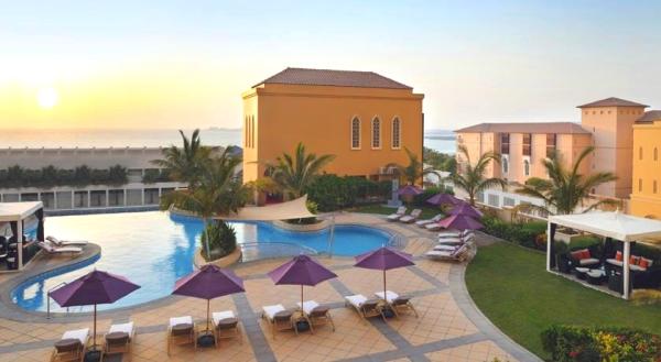 Dubai, Movenpick Jumeirah Beach, piscina, plaja.jpg