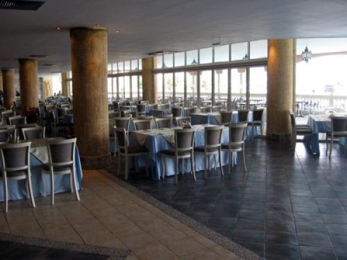 Hotel  Royal Park restaurant.jpg