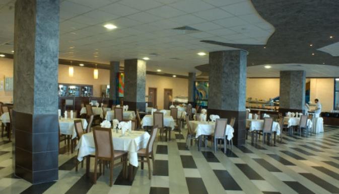 Glarus restaurant 1.jpg