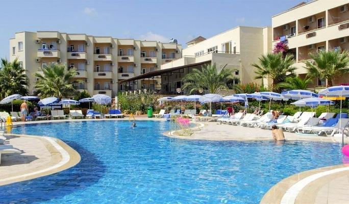 Alanya, Hotel Aska Bayview, piscina exterioara, sezlonguri.jpg