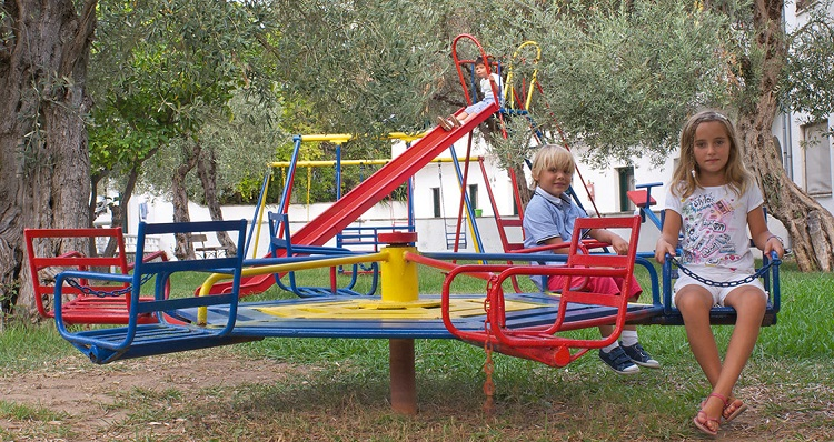 Loc-de-joaca-pentru-copii1.jpg