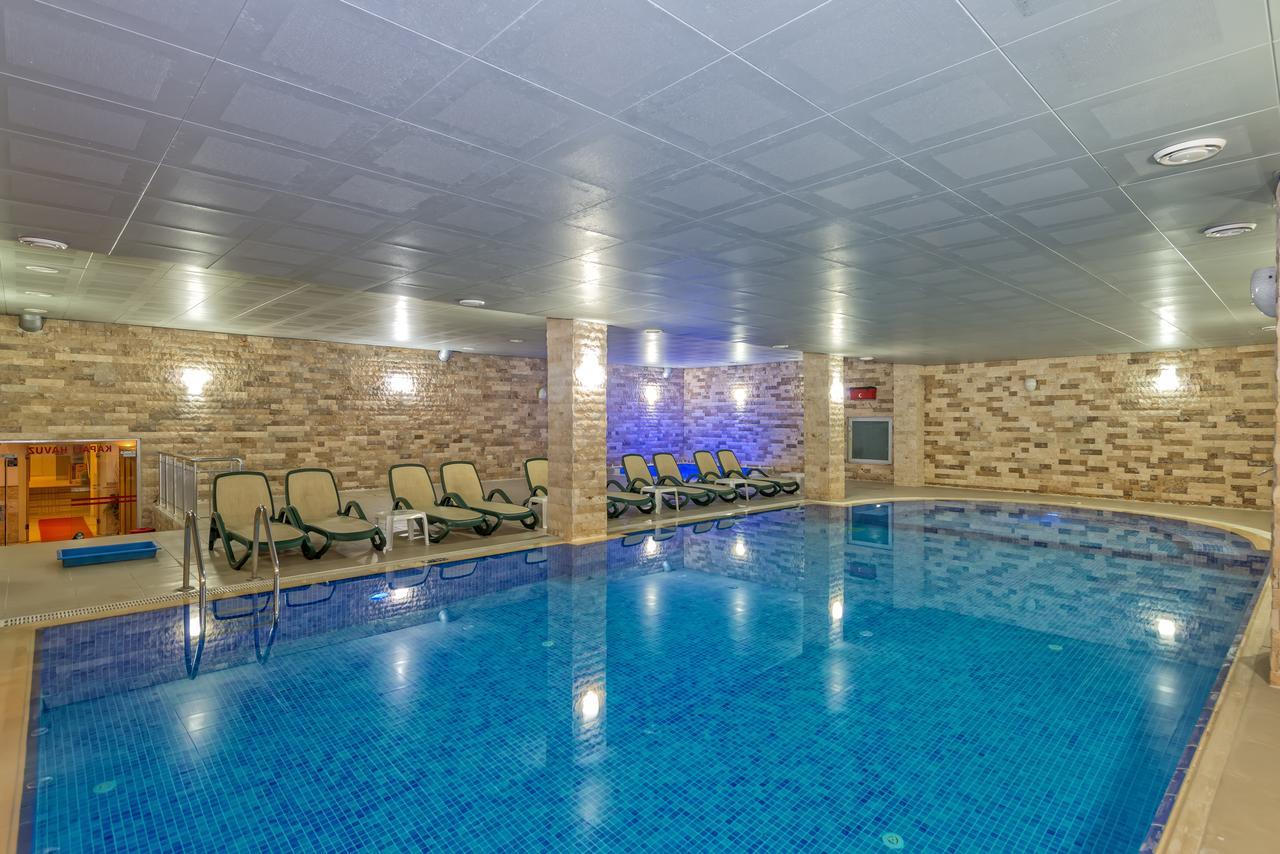 ADONIS HOTEL 8.jpg