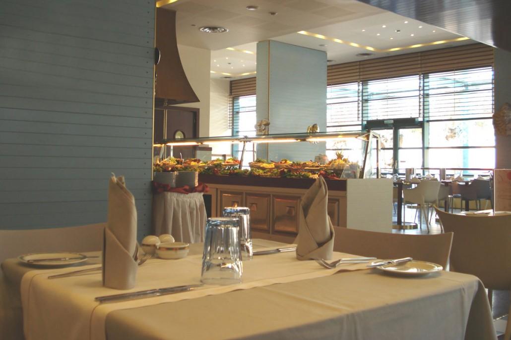 cl restaurant.jpg
