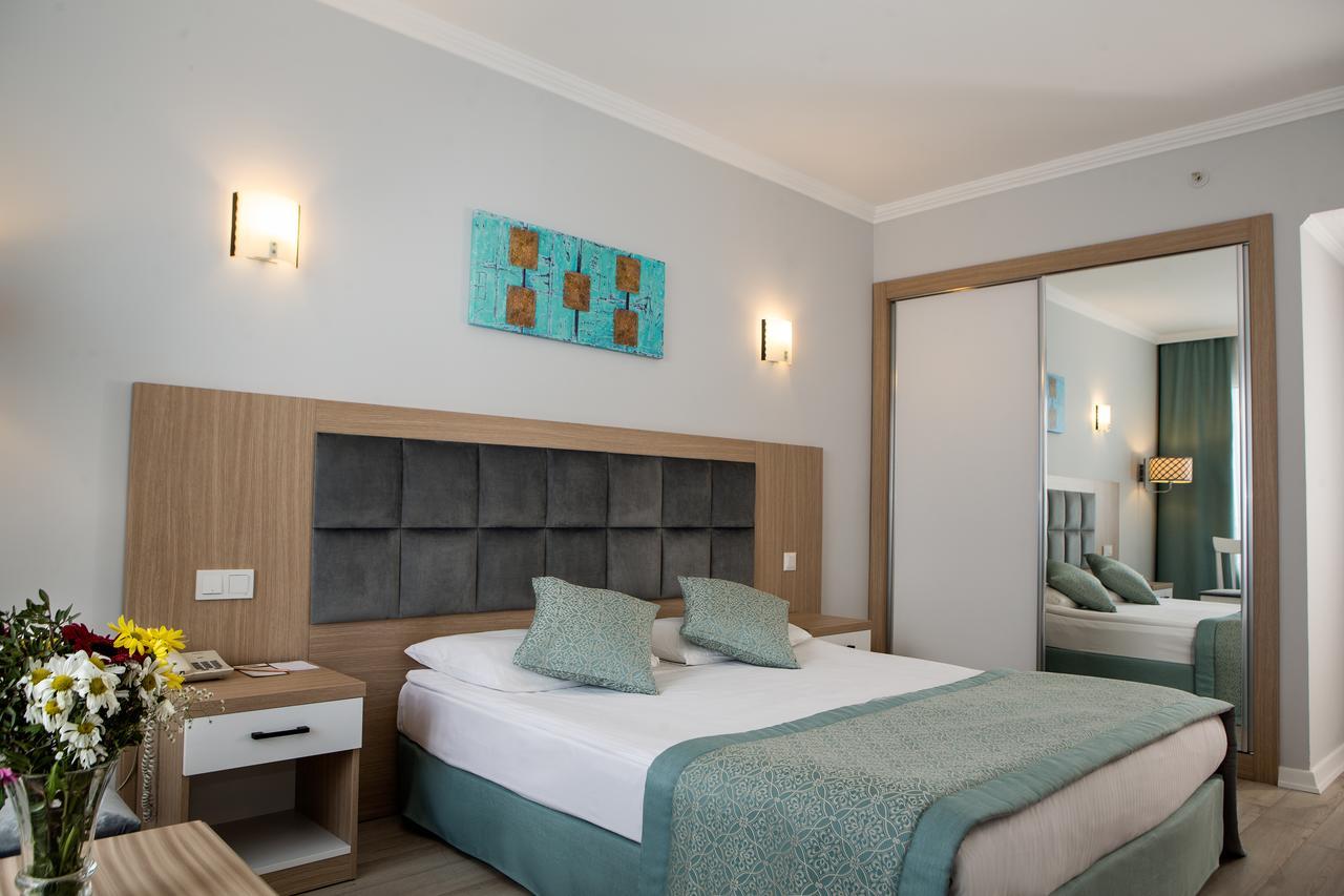 ADONIS HOTEL  2.jpg