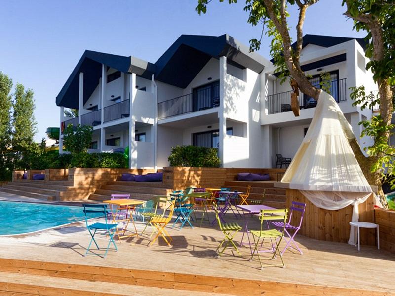12997_aqua-bay-hotel_73811_site.jpg