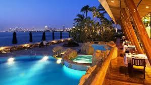 piscina burj al arab.jpg