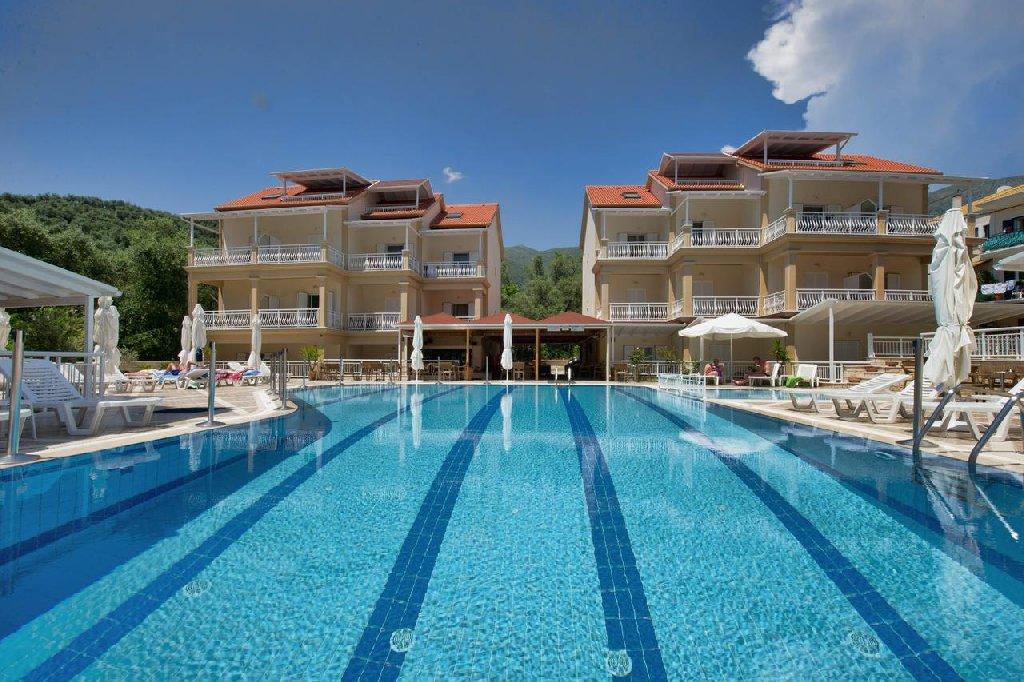 Hotel Elena Apartments