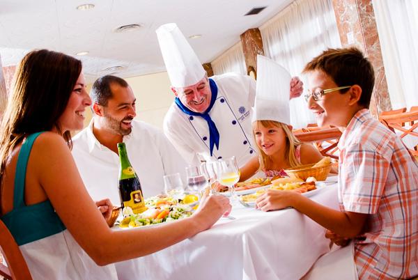 Mallorca, Hotel Pinero Bahia de Palma, restaurant.jpg