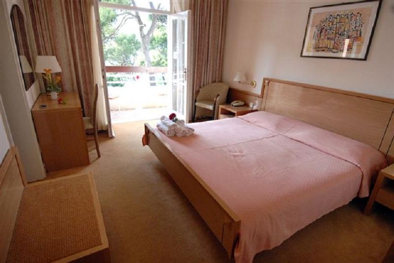 croatia-hotel-splendid-dubrovnik-camera.jpg