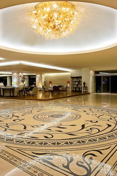 Lobby 20.jpg