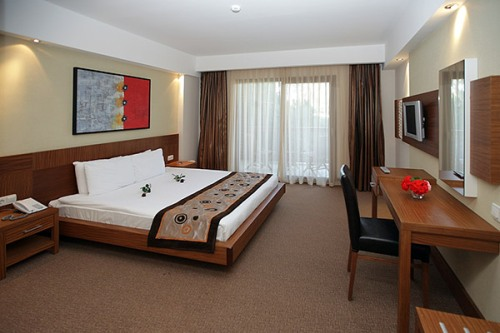 Hotel Voyage Belek camera standard.jpg