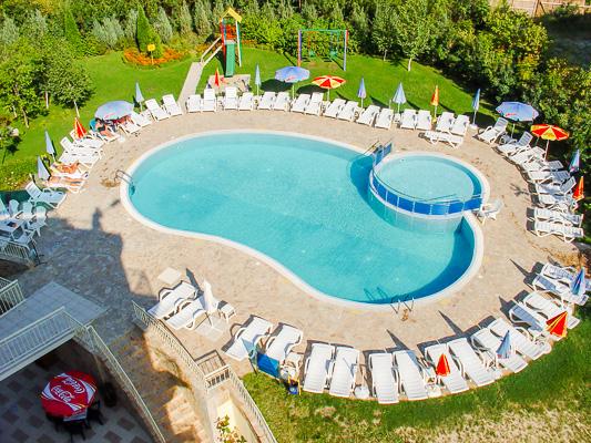 Sunny Beach, Hotel Aquamarine, piscina exterioara.jpg