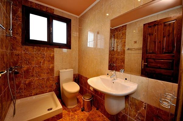 grecia_insula_thassos_limenas_hotel_pegasus_baie.jpg