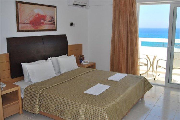 710_b_grecia_insula_creta_hersonissos_hotel_mediterraneo_28013.jpg