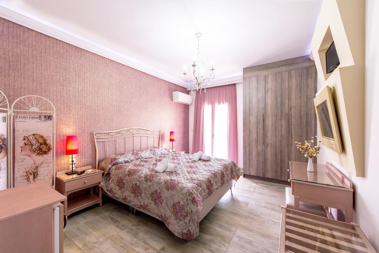 Hotelul Pirofani Pension room2.jpg