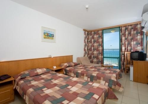 Hotel Boryana camera.jpg